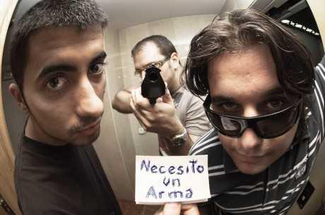Equipo del podcast Necesito Una Arma