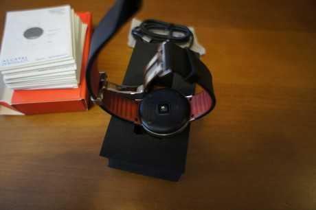 Detalle cierre Alcatel Onetouch Watch