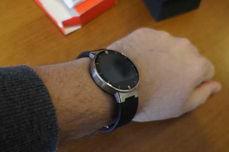 Detalle en la muñeca del Alcatel Onetouch Watch